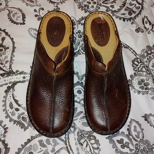 Born brown clogs
